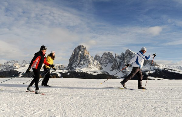 Cross-country skiing in the Dolomites you discover the most beautiful trails