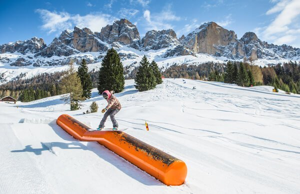 Skiing and more in the ski resort Carezza